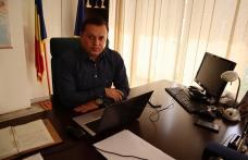 """Cătălin Silegeanu: """"La mulți ani tuturor învățătorilor!"""""""