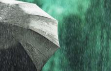 Meteorologii anunță vânt, vijelii și grindină pentru următoarele zile
