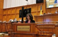 """Alexandra Huțu, deputat PSD: """"Statul de Dreapta: 7 lei/zi, alocația unui elev versus 1.500 lei/zi salariul cumulat al premierului senator Cîțu"""""""