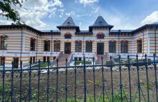 """Invitație pentru absolvenții clasei a VIII-a. Colegiul Național """"Grigore Ghica"""" Dorohoi își așteaptă bobocii în casă nouă!"""