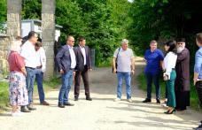 Consiliul Județean Botoșani continuă investițiile în drumuri! Drumul Mănăstirilor a fost predat constructorului - FOTO
