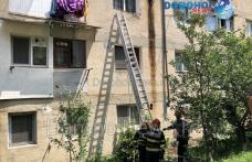 Copil de doi ani blocat într-un apartament din Dorohoi. Pompierii au intervenit la fața locului - FOTO
