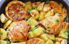 Pulpe de pui cu lămâie și cartofi
