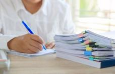 Peste 150 de cadre didactice din județul Botoșani susțin astăzi examenul pentru definitivare