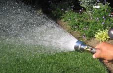 Apel Nova ApaServ: NU folosiți apa de la robinet pentru udarea culturilor agricole, a gazonului sau umplerea bazinelor!