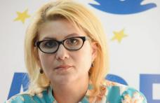 "Roxana Florentina ȚURCANU , președinte ALDE Botoșani: ""Viața are prioritate!"""
