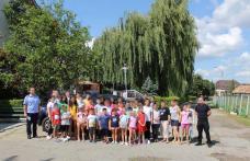 Jandarmii s-au întâlnit cu copiii la Tabăra Agafton