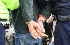 Minor reținut după ce a furat un telefon mobil și două pachete cu țigări