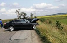 Două persoane rănite în urma unui accident în care au fost implicate patru autoturisme - FOTO