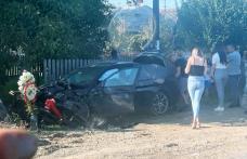 Trei maşini implicate într-un accident la Ibănești. Un tânăr de 18 ani a avut nevoie de îngrijiri medicale - FOTO
