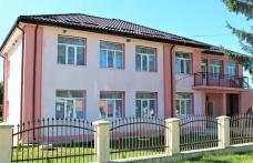 Copiii din localitatea Dumbrăvița încep, cursurile în clădire nouă! - FOTO