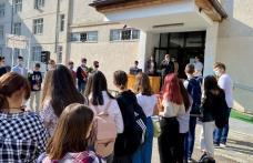 """Prefectul Dan Nechifor: """"Ne dorim cu toții ca acest an școlar să se desfășoare în intregime în clasă și față în față cu dascălii voștri"""" - FOTO"""