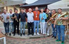 Sărbătoare la Mihăileni, odată cu întoarcearea acasă a lui Mugurel Semciuc Interviu cu vicecampionul olimpic – FOTO