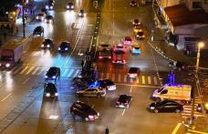 Accident cu o victimă, după ce un tânăr de 19 ani cu permisul suspendat a trecut pe culoarea roșie a semaforului
