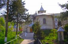 """""""Sfânta Cuvioasă Parascheva"""" Dorohoi vă invită la slujbele dedicate hramului bisericii"""