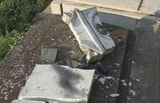 Trei minori din Cristinești au distrus 15 monumente funerare