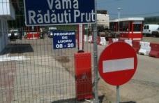 """Renault """"fals"""" oprit la graniţă"""