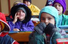 Zeci de elevi din Șendriceni și Cristinești, nu au ajuns luni la şcoală