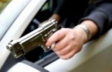 Neînțelegeri în trafic rezolvate cu pistolul