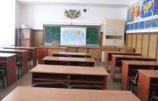 Mii de elevi din judeţul Botoşani au stat acasă şi vineri