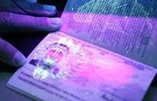 Paşaport fals cumpărat cu 1000 de euro