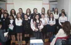"""""""MAMA"""" sărbătorită la C. N. """"Grigore Ghica"""" prin poezii şi cântece"""