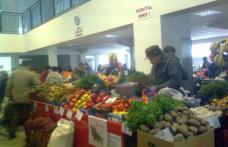 Peste 11.000 kg de fructe şi legume confiscate din Piaţa Centrală a municipiului Botoşani
