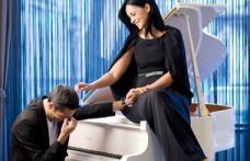 """De ce vorbeşte Andreea Marin despre divorţ: Bănică s-a căutat de boli """"ruşinoase"""""""