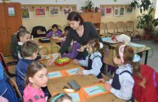 Surprizele hârtiei: Învățătoarea cu talente ascunse