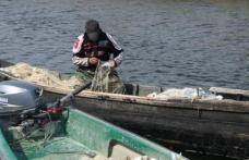 Dosare penale pentru pescuit în prohibiţie