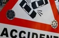 Femeie rănită într-un accident rutier produs din neatenţie