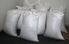 Sute de kilograme de zahăr cu aromă de evaziune, confiscat la Mihăileni