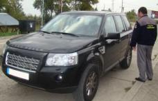 Land Rover furat din Germania, oprit din drumul spre Moldova