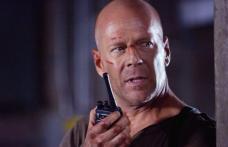 Bruce Willis, la un pas să moară într-o explozie