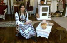 Elena Băsescu va purta straie populare la nunta ei