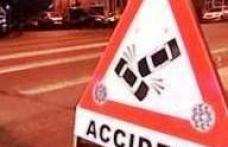 S-a angajat în traversarea străzii prin loc nepermis și a fost accidentat de o autoutilitară