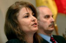 Belu şi Bitang au anunţat că renunţă la lotul României