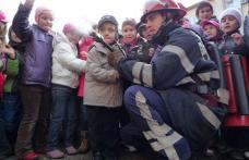 I.S.U. Botoşani vizitat de zeci de copii şi adulţi de Ziua Internaţională  pentru Reducerea Riscului Dezastrelor Naturale