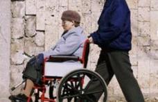 Guvernul Boc vrea să reducă indemnizaţiile persoanelor cu handicap