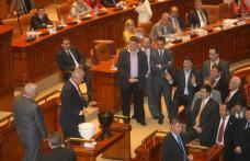 Motiunea nu a trecut: Cu sustinere < 0 > Guvernul Boc ramane