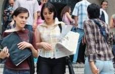 Angajatorii vor absolventi cu trei ani de experienta profesionala. Este posibil?
