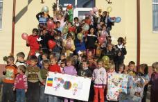 """Scoala nr.4 - Dorohoi:  """"Pace şi nonviolenţă pentru copiii lumii"""""""