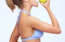 De ce slăbim dacă mâncăm mere