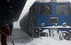 Mai multe trenuri blocate în Suceava