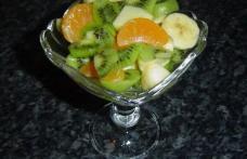 Salata de mere si kiwi