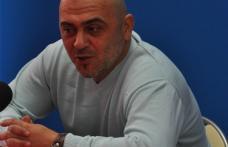 [VIDEO] Senatorul Campanu il avertizeaza pe Domonco sa nu se imbete cu apa chioara