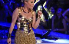 Dramă în echipa Loredanei: una dintre dansatoarele sale, în comă după un diagnostic greşit