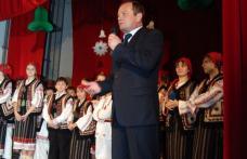 """[VIDEO] Primarul Alexandrescu in mijlocul copiilor la """"Carnavalul zăpezii"""""""