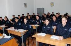 Elevi ai Şcolii Militare de Subofiţeri Jandarmi Fălticeni în practică la Dorohoi