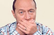 Băsescu acuzat că şi-a trimis odrasla agramată în PE şi vorbeşte despre nepotism
